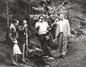 Po oficialitách každý z účastníků okusil čirou vodu ze Stříbrné studánky na Žákově hoře
