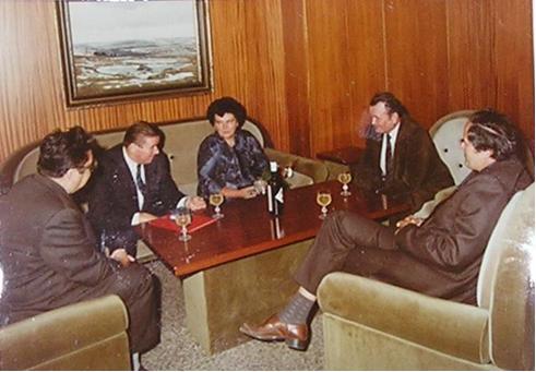Rudolf Hegenbart s manželkou na besedě s představiteli Jihomoravského kraje
