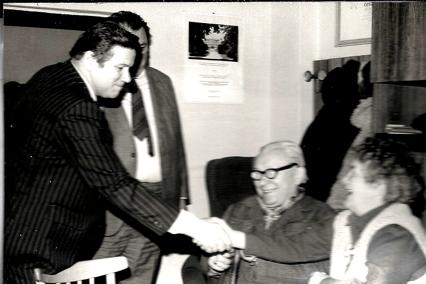 Rudolf Hegenbart s národními umělci Karlem Zemanem a Hermínou Týrlovou v Gottwaldově v roce 1984 přibesedě o filmu a životním prostředí